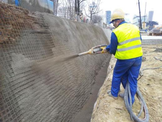 Securing of slopes for the construction of subway