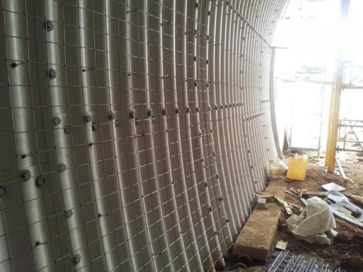 Corrugated metal sheet structure tunnel