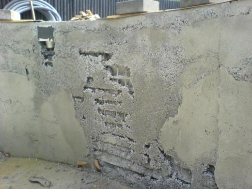 Pool – wall repair