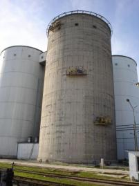 Repair and strengthening of sugar silos